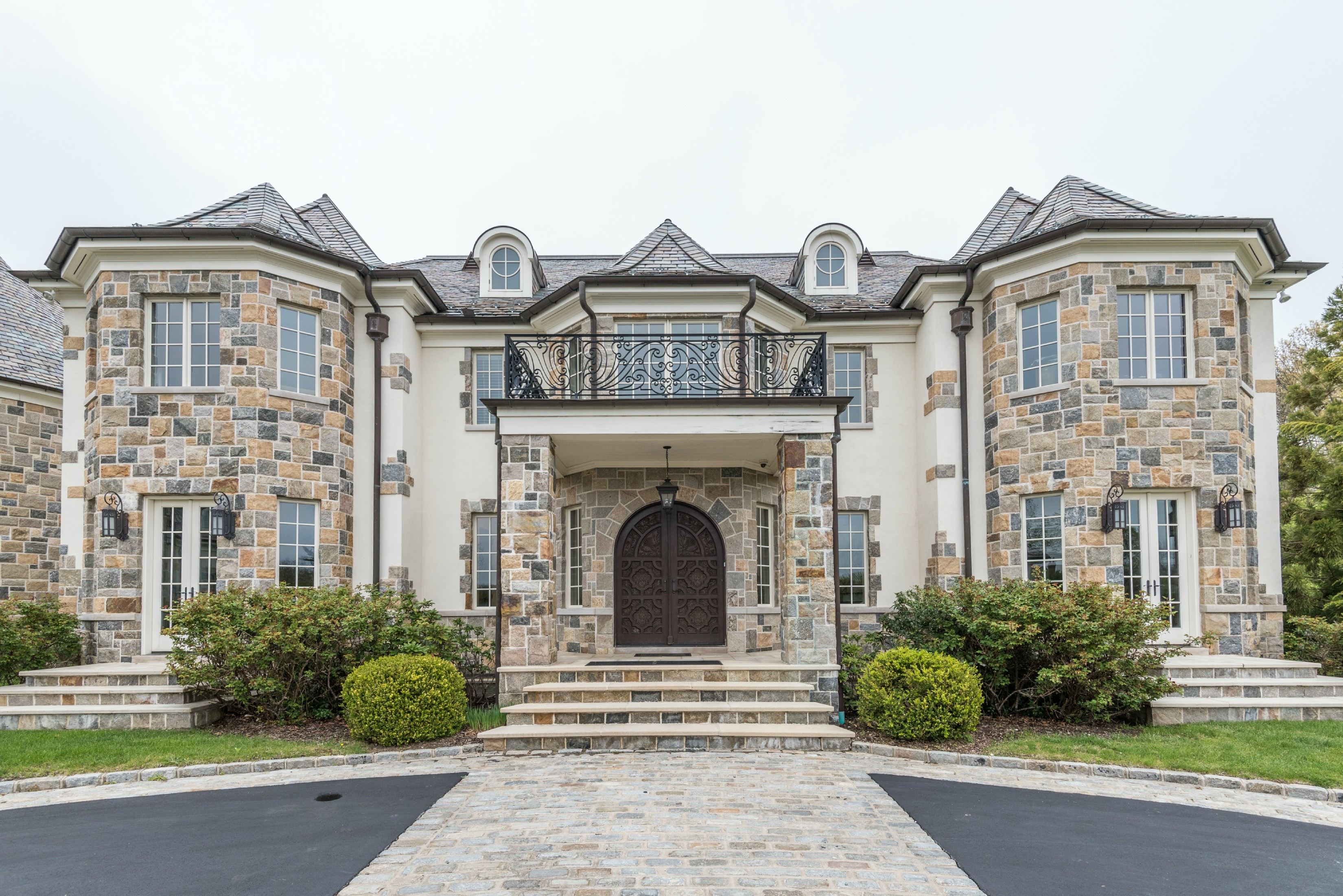 As Seen in Long Island Business News:  5 Dupont Court in Brookville was the highest home sale in Nassau County for 2017