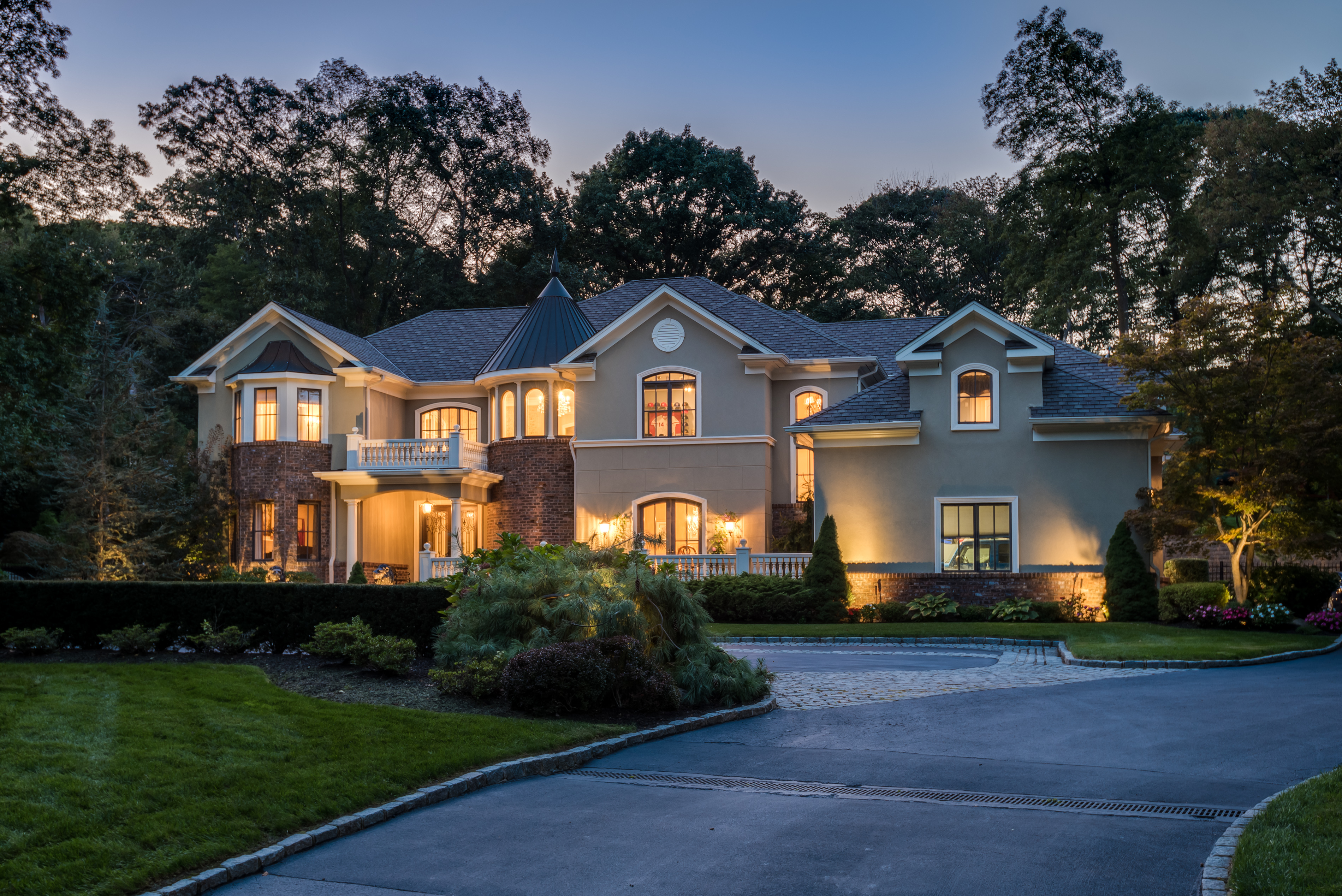 Just Listed!  Peaceful and Private Custom Built Estate in Muttontown