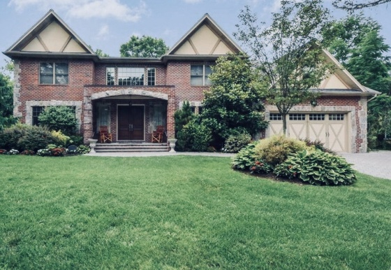 Just Sold!  Exquisite Roslyn Country Club Colonial