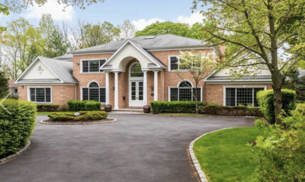 New Listing! Exquisite Brick Colonial Located In The Village of Kings Point
